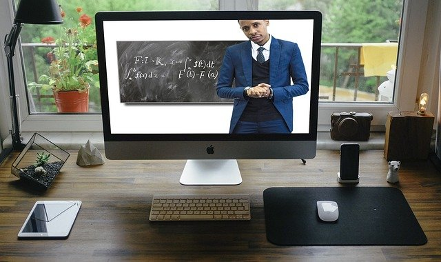 educator teaching virtual classes